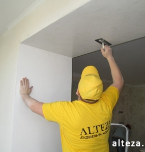 Photo of finishing works inside the apartment during repair by employees of the Alteza Construction Company in Poltava.