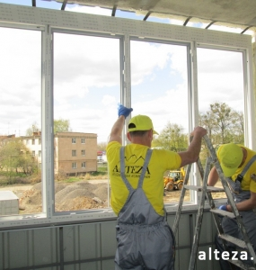 Photo of installation of metal-plastic windows in Poltava by employees of the construction company Alteza.
